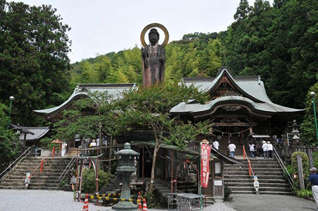 四国霊場第35番札所 清瀧寺
