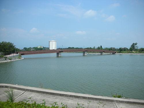 波志江上沼