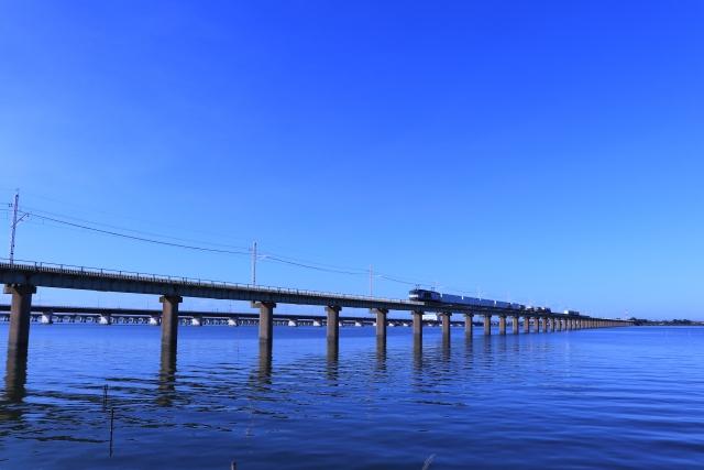 JR鹿島線の北浦橋梁